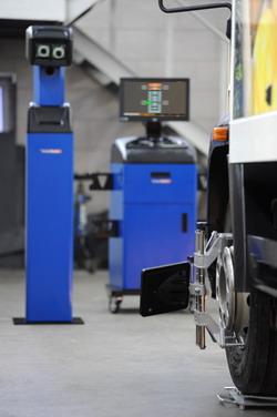 Стенд сход-развал Техно Вектор 7 для грузовых автомобилей